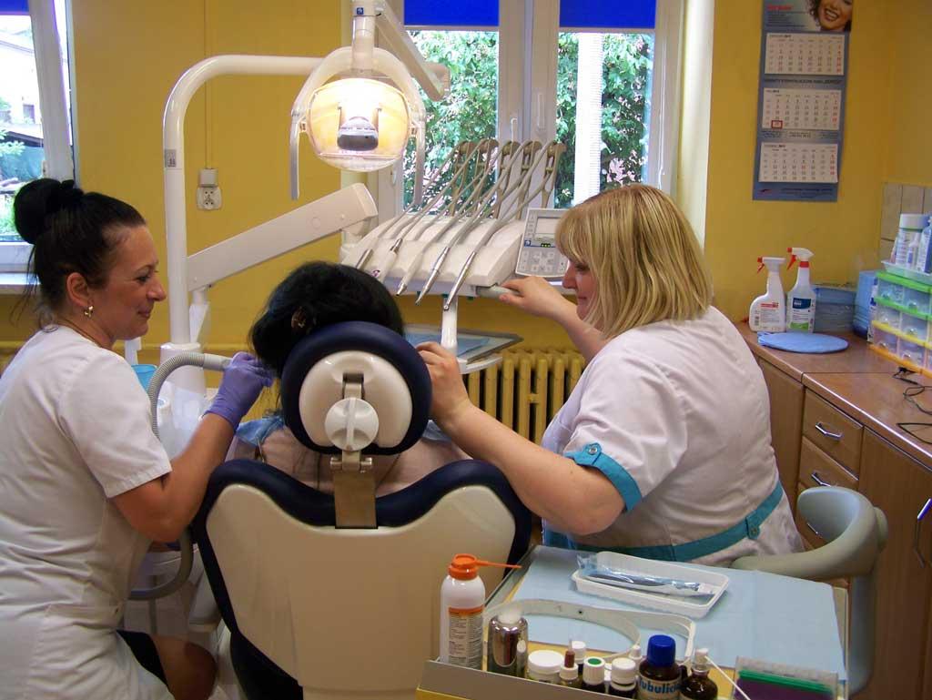 lekarz stomatolog zielona góra towarowa 14